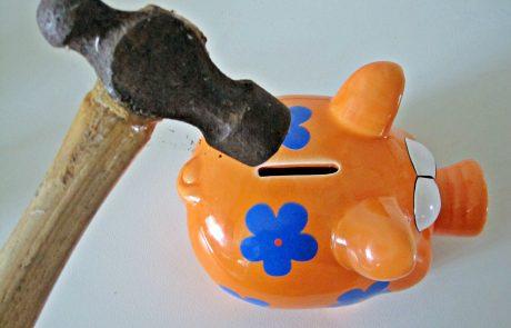 חושבים למשוך כספים מקופת גמל? היזהרו מהמס הגבוה שתשלמו